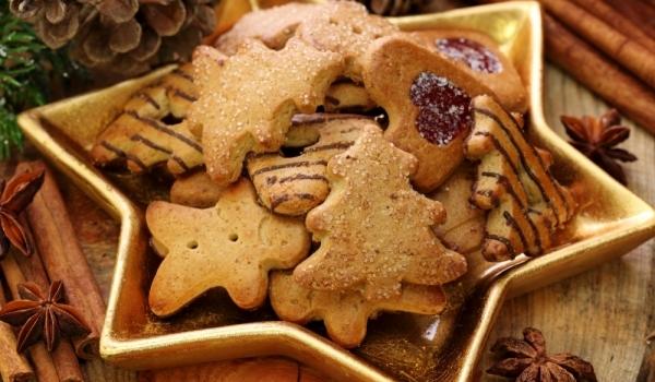Коледни бисквити
