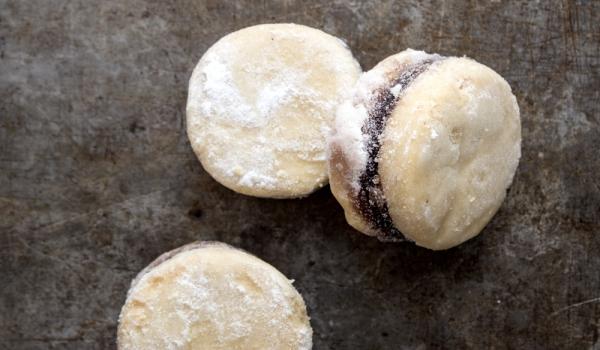 Маслени бисквити с мармалад