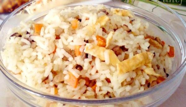 Ориз с яйце