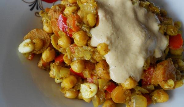 Къри нахут със зеленчуци