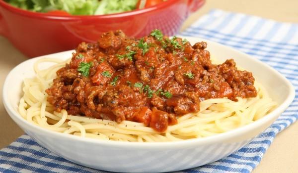 Спагети Болонезе с печен сос