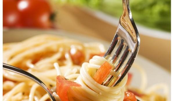 Спагети със сос меланезе