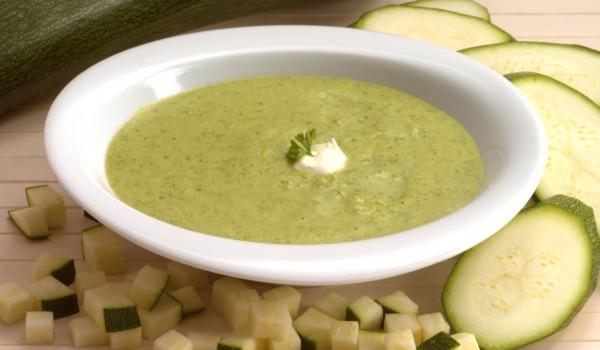 Крем супа с тиквички и праз