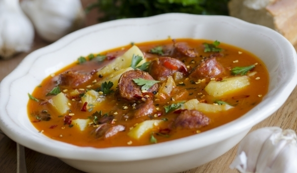 Лесна супа с наденица