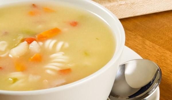 Супа с макарони и картофи