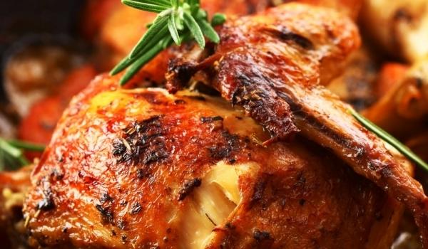 Пиле с домати и кориандър