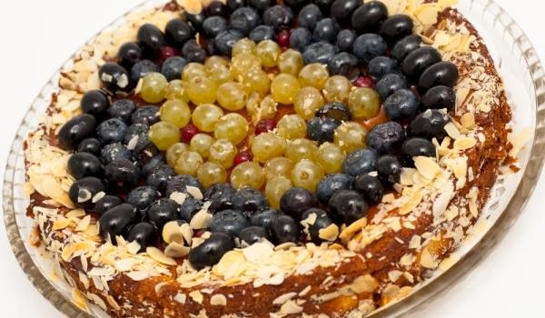 Лесен кекс с грозде