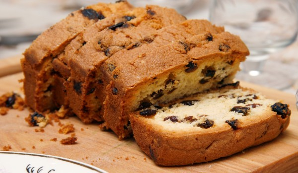 Сладък хляб с прясно мляко